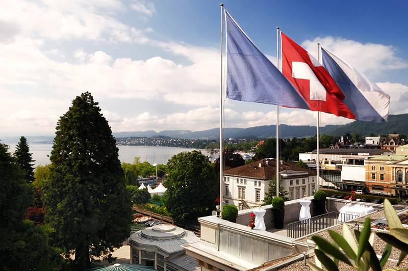 """Ultimate Father's Day experience with """"Kick It Like Beckham"""" package at Zurich's Baur Au Lac"""