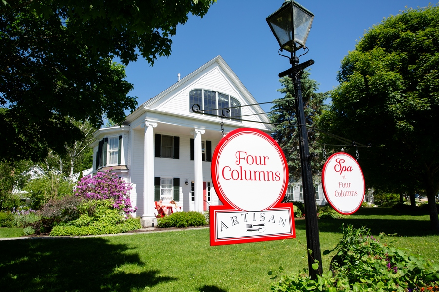 Four Column Inn, Vermont
