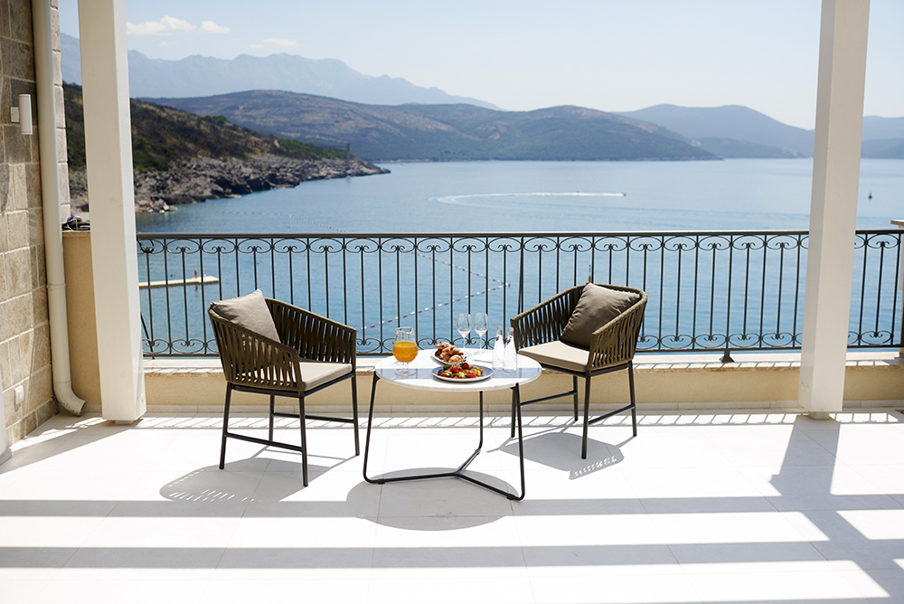 The Chedi Lustica Bay Penthouse terrace_1