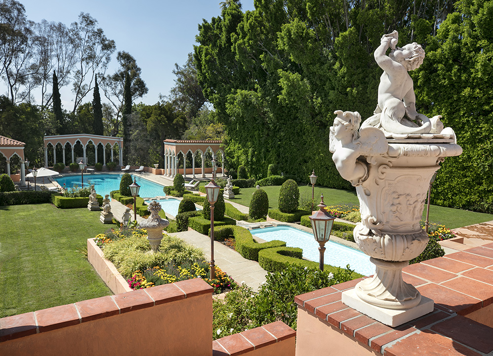 luxury real estate in Beverly Hills