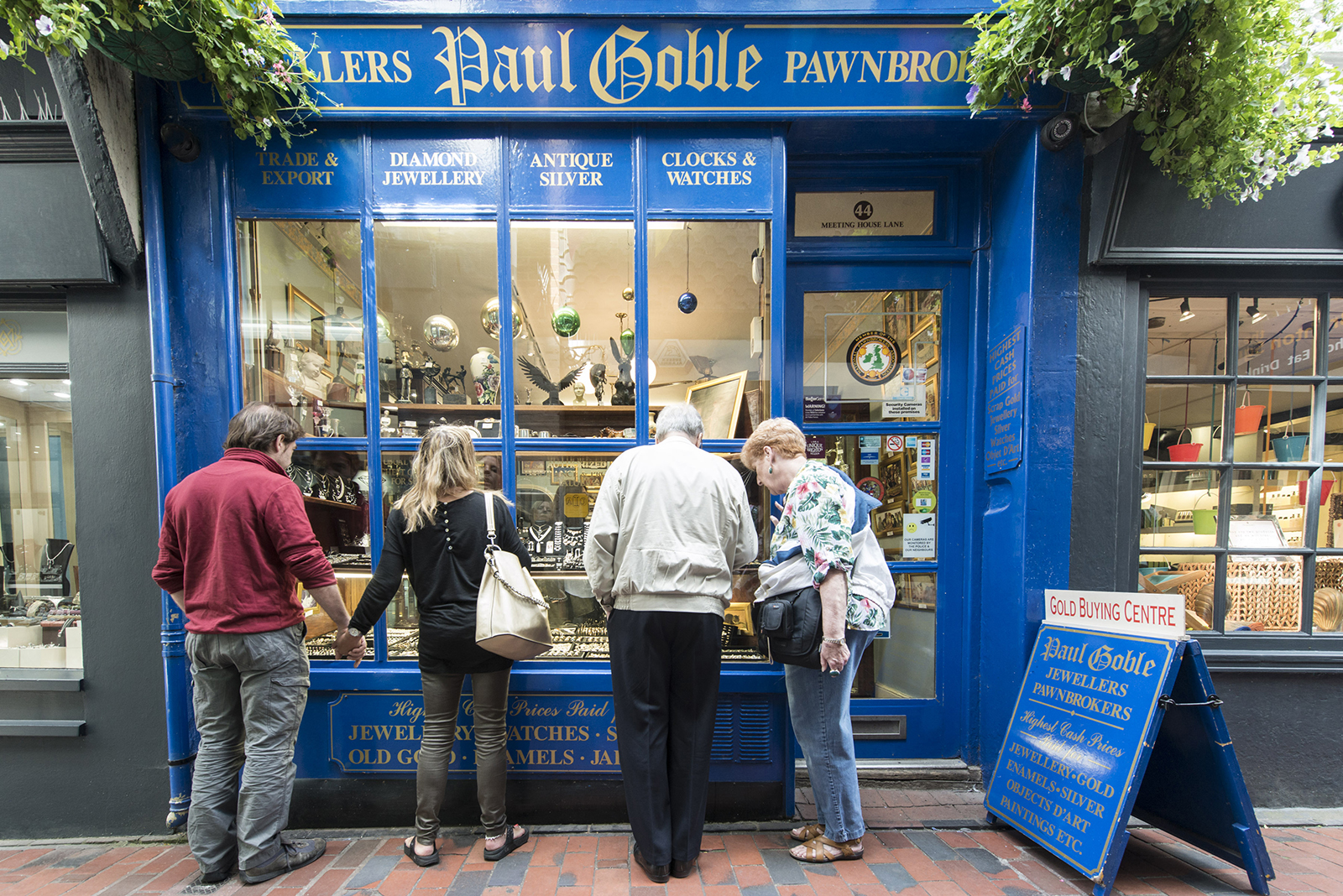 Jewelry shopping in The Lanes Brighton