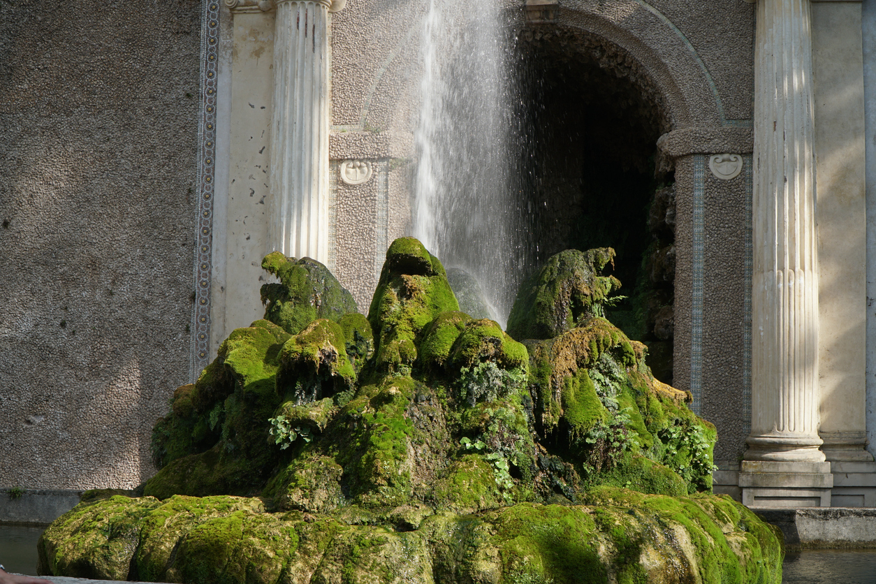 luxurious water fountain of the dragons feature in Tivoli Italy