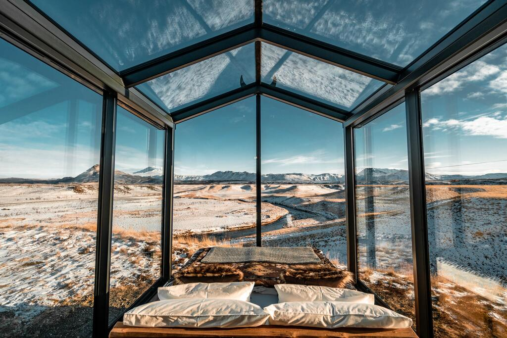Panorama Glass Lodge in Hella accommodations