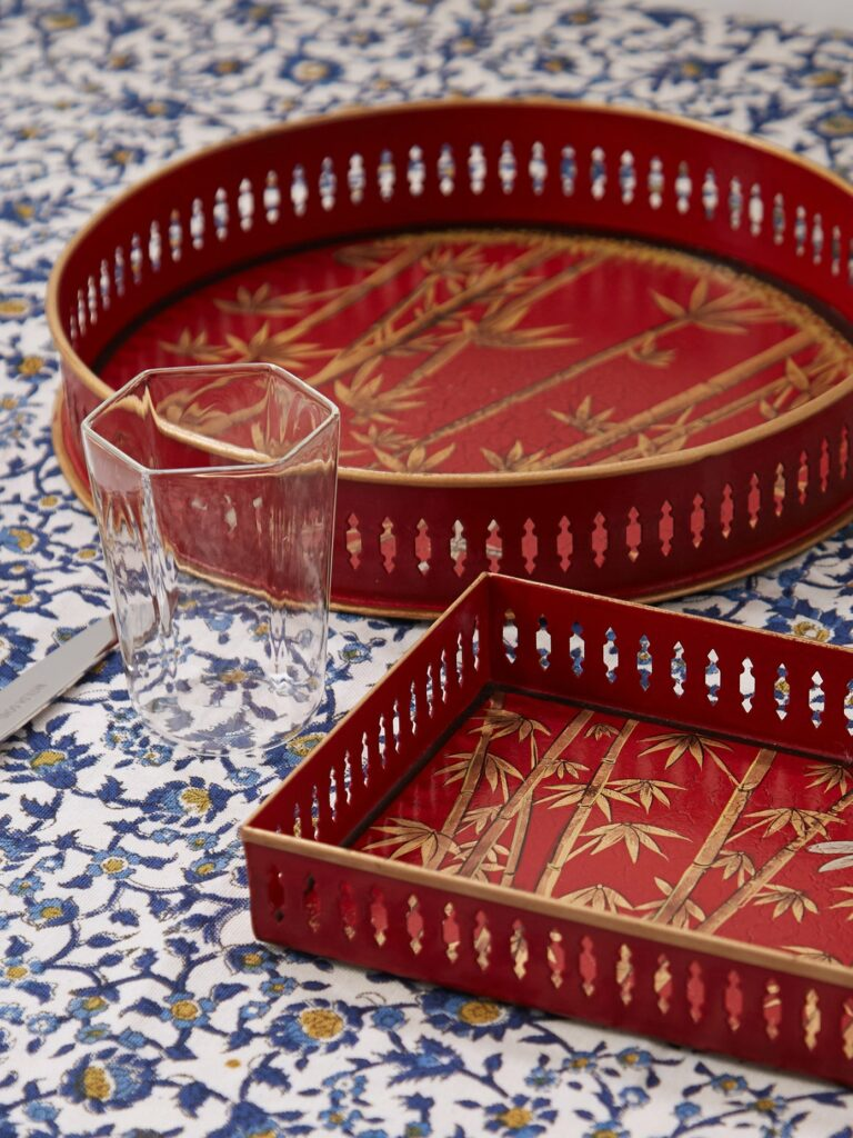 Les Ottomans Flora Hand-Painted Metal Tray as a Mother's Day Gift
