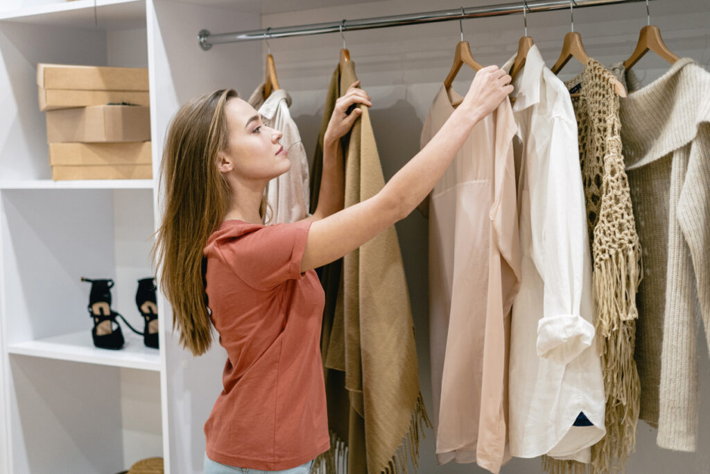 choosing clothes for a photoshoot session